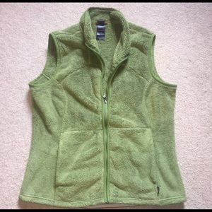 The north face large women's furry vest